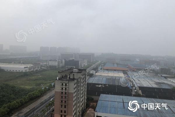 未来三天湖南雨水不停歇 湘西湘北等局地将现暴雨